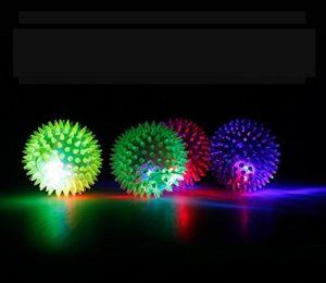 Foopp LED Clignotant Bounce Ball–Couleur aléatoire
