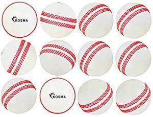 Kosma Ensemble de 12 balles de Cricket avec Boule de Vent Ballons d'entraînement Souples – Couleur: Blanc avec Couture Rouge