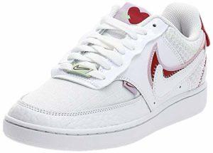 Nike WMNS Court Vision Lo Prmv Chaussures de Basketball pour Femme – – White Noble Red Ice Lilac, 41 EU